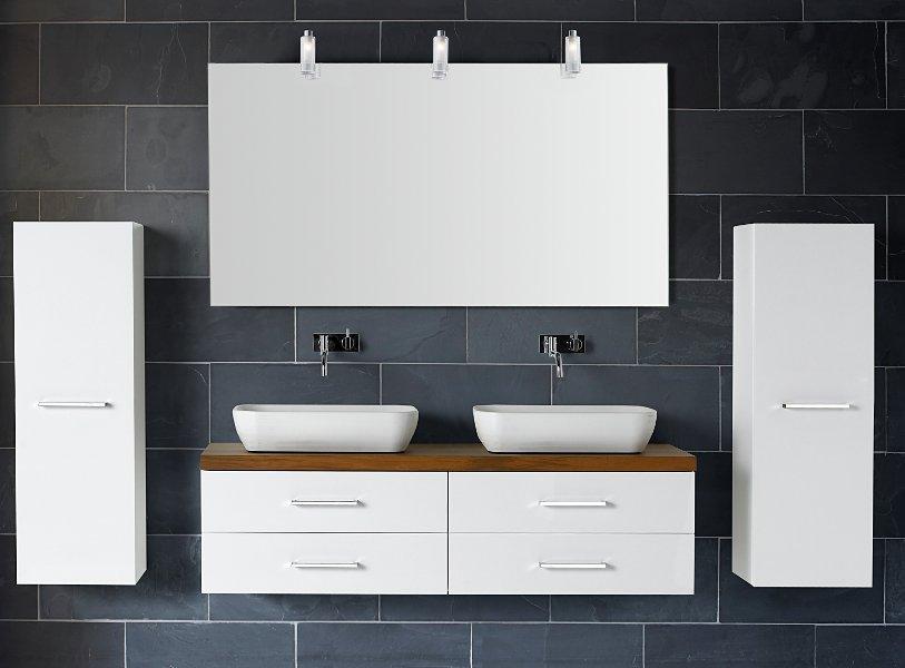 Badmöbel und Waschplätze