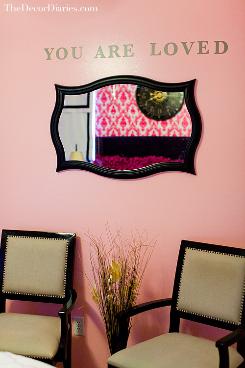 Hot pink damask tempaper wallpaper