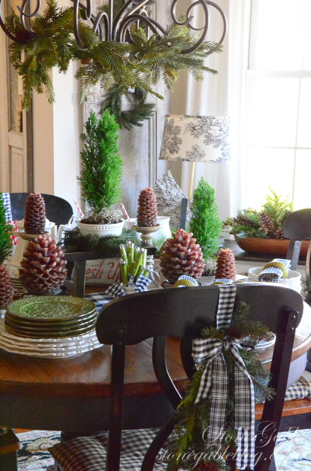 a farmhouse christmas stonegable - A Farmhouse Christmas