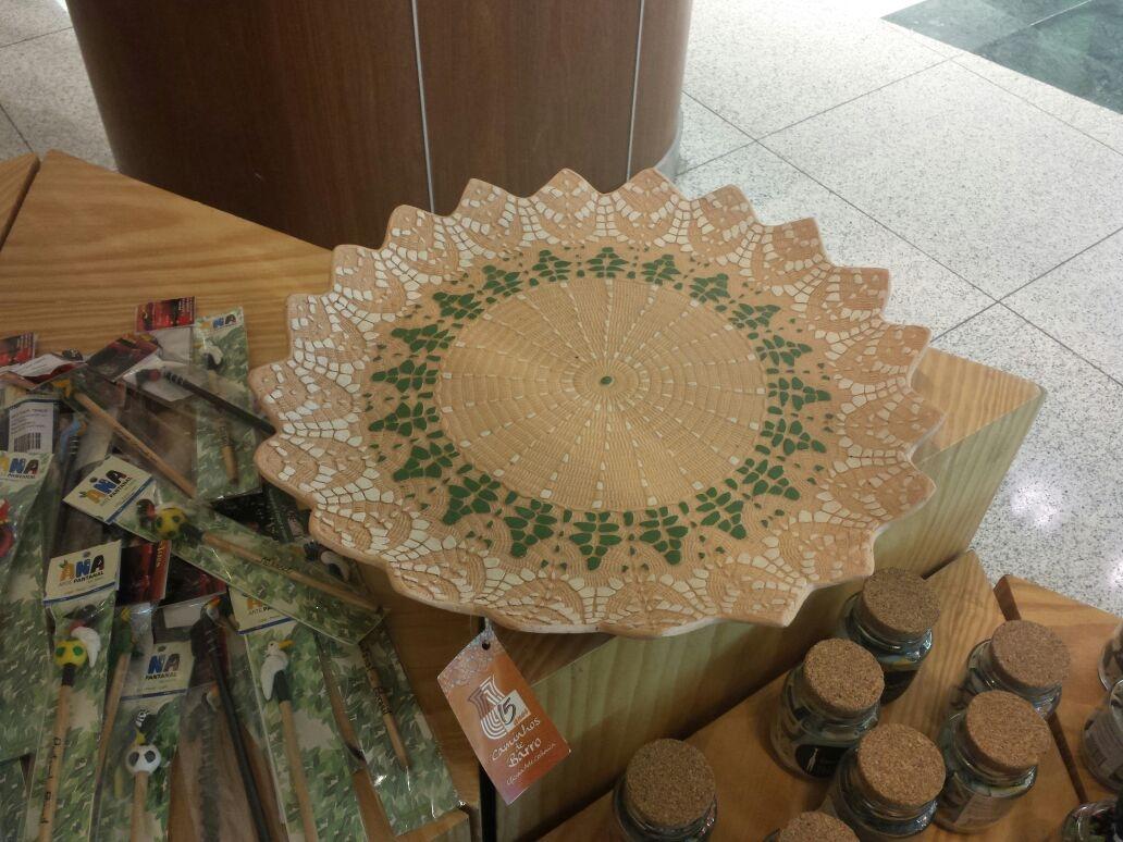 Aparador Para Ficar Atras Do Sofa ~ Caminhos de Barro Showroom do Brasil Original no Shopping Rio Sul