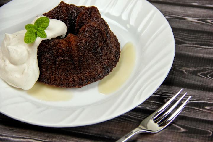 Holiday Progressive Dinner: Mini Gingerbread Bundt Cakes with Cinnamon ...