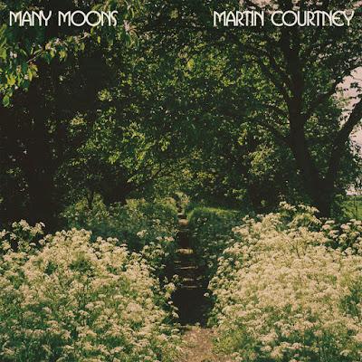 manymoons2400cvr_smaller Martin Courtney – Many Moons [7.8]