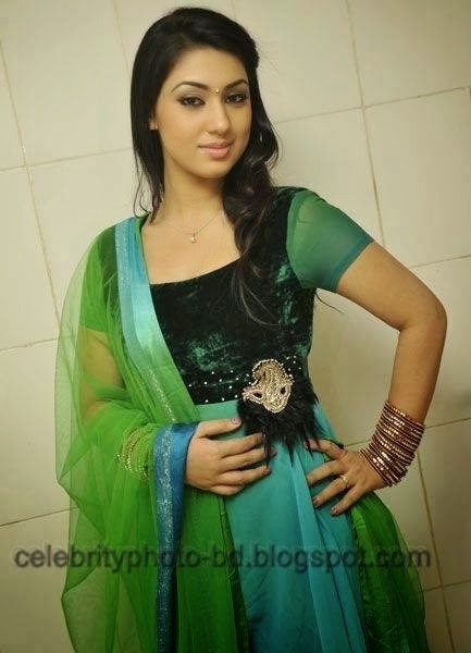 Bangladeshi Actress Apu Biswas Unseen Hot Photo and Sexy Image Gallery ...