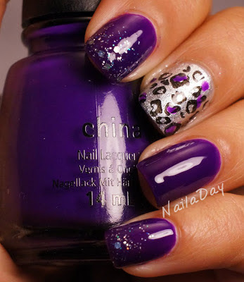 NailaDay: China Glaze Creative Fantasy Skittlette
