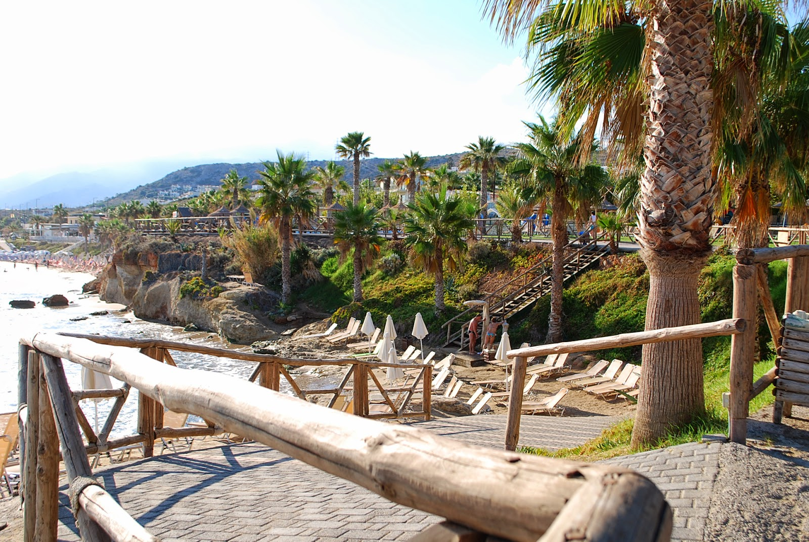 Маленький пляжик между Стар бич и Мельтеми, Крит, Греция. Crete, Greece.