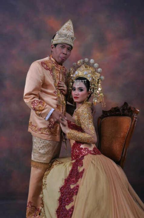 artis dangdut cantik dan seksi lina marlina dirumorkan
