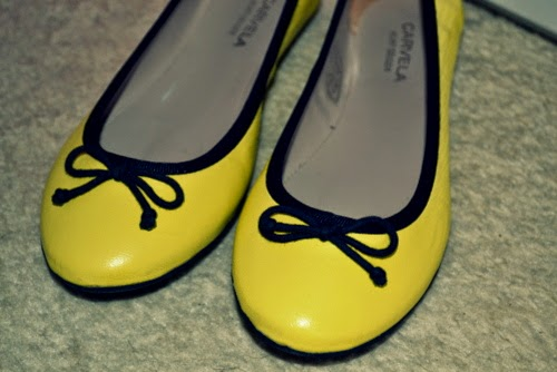 yellow-ballet-pumps