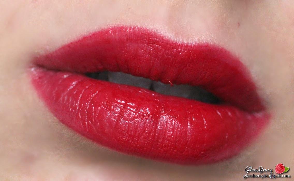 Rimmel - Moisture Renew - 400 Berry Queen lipstick review swatch רימל גלוסברי שפתון סקירה המלצות