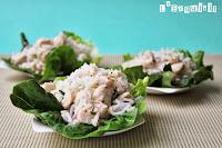 Ensalada de arroz y pollo con menta y cilantro