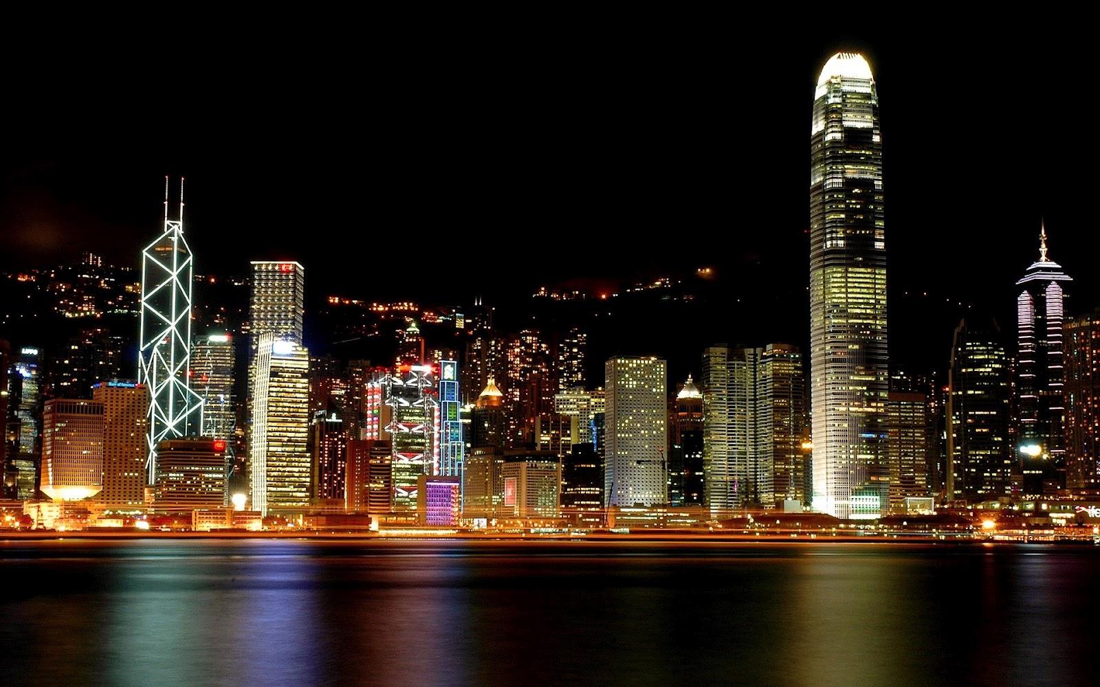 http://3.bp.blogspot.com/-9sFnN8CuGHc/UFhUzCt5QxI/AAAAAAAAAQM/Q-amIgUq_u0/s1600/Hong-kong-night-wallpaper_1920x1200.jpg