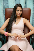 Abha Singhal Glam pics-thumbnail-18