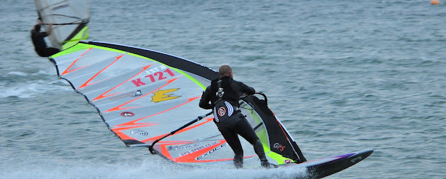 windsurfing, slalom racing, speedsurfing, speed