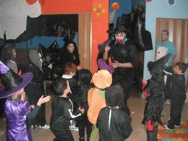 Fiesta temática Halloween!! Nos lo pasamos de miedoooo!!!