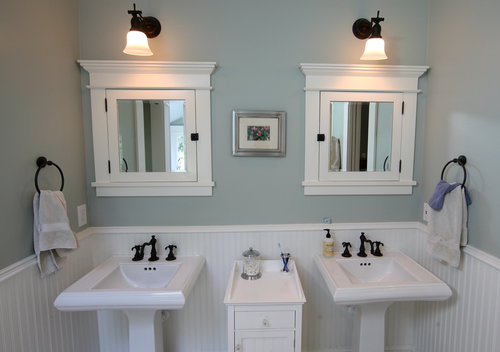 A Carolina Love . . .: A Bathroom Facelift!