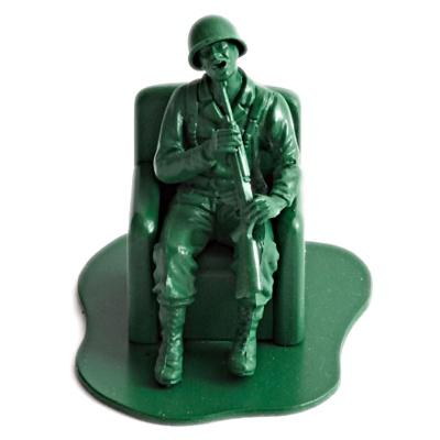 Plastik legetøjs soldat selvmord ved skud