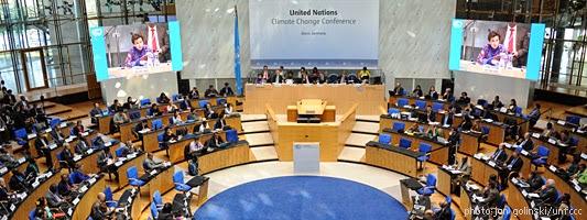 UN Climate Talks Bonn (Credit: unfccc.int/meetings/bonn_mar_2014) Click to enlarge.