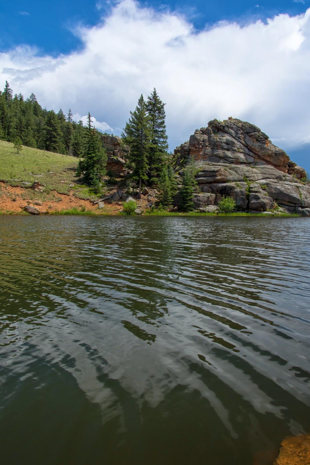 Staunton State Park: Elk Falls Pond
