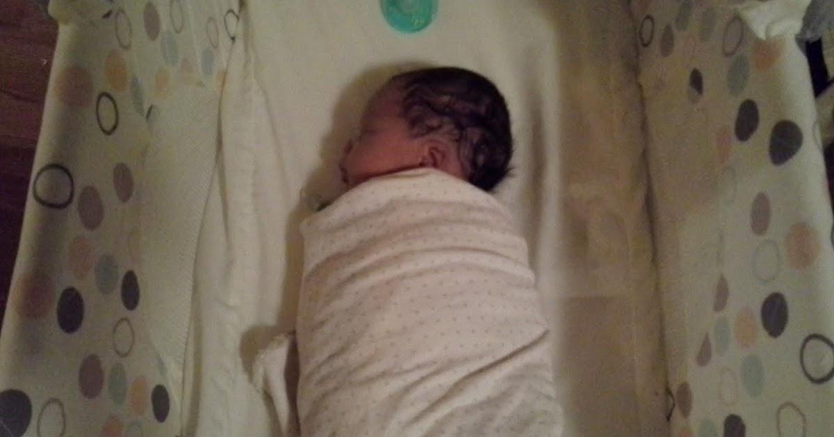 Milf sleeping in thy cradle swinging