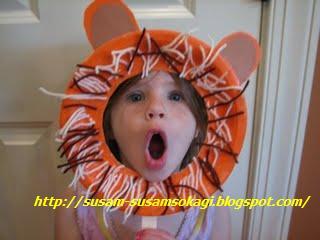 Maschera da Leone con Riciclo Creativo Piatti