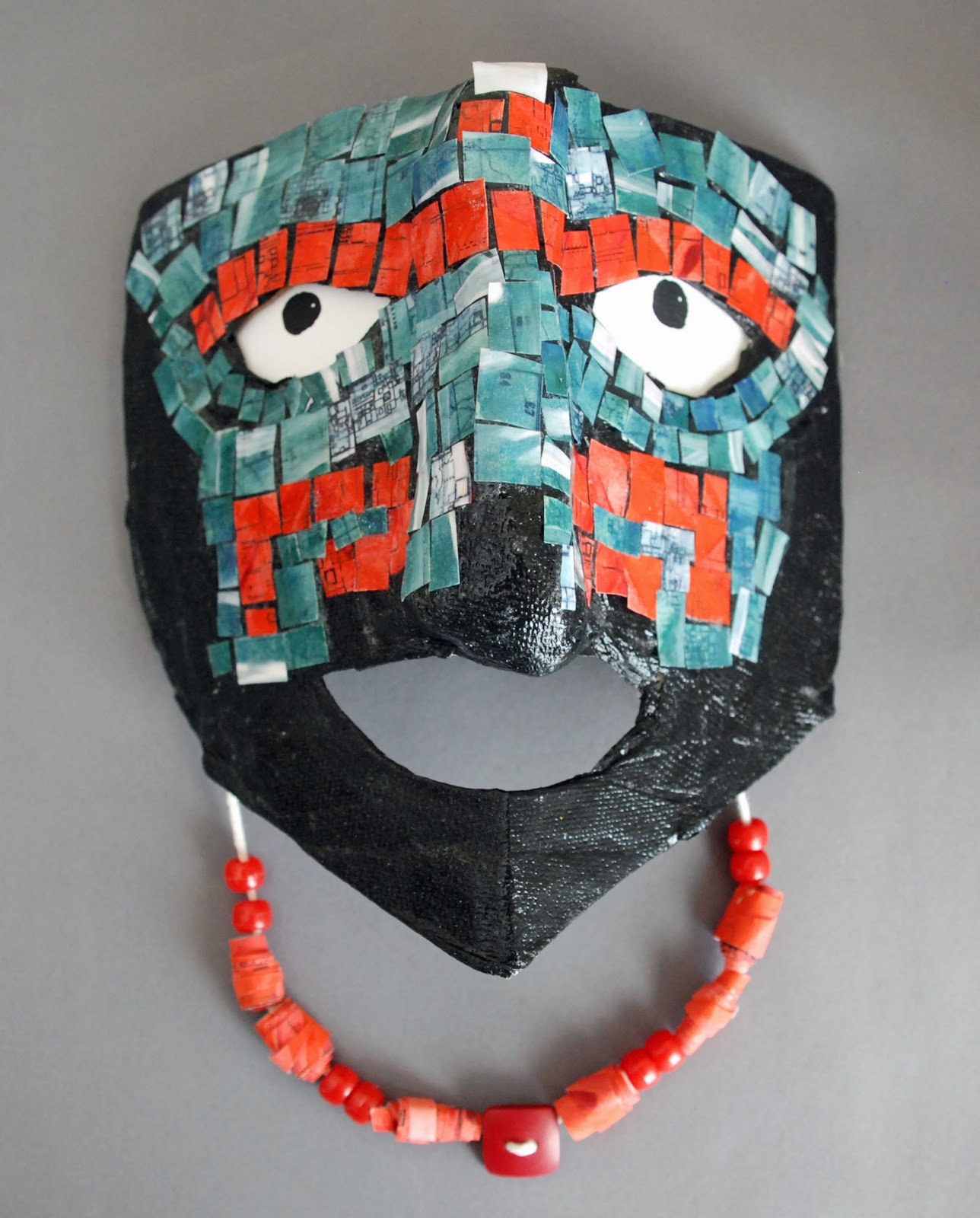 That artist woman how to make a teotihuacan inspired mask for Paper mache mash