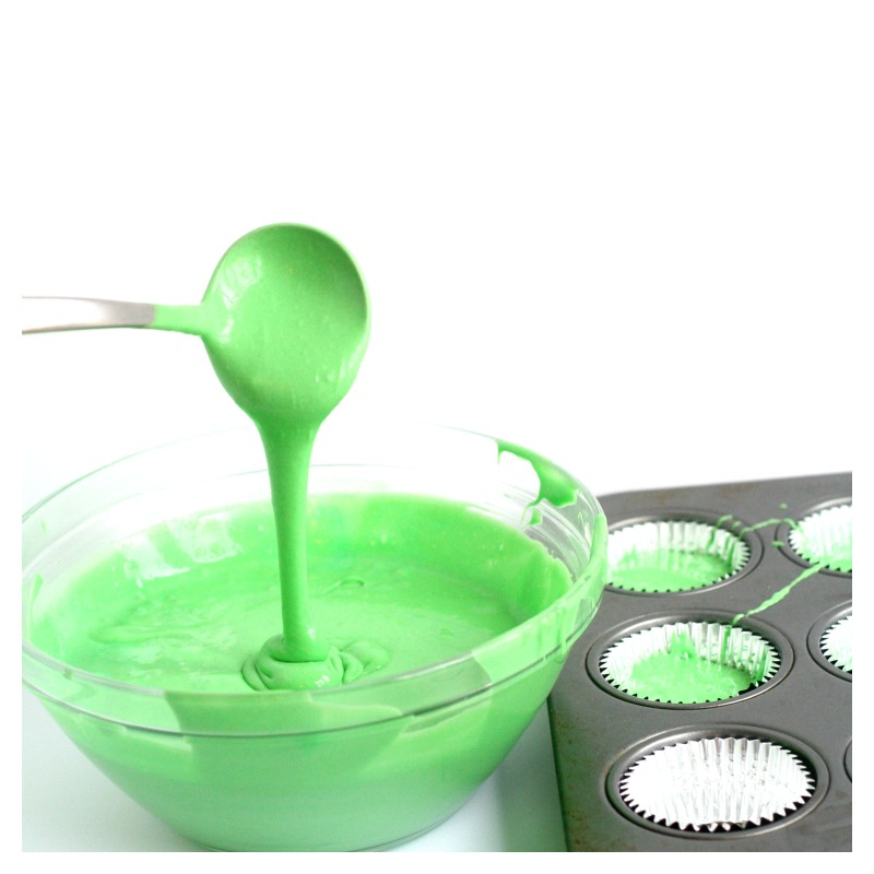 Can You Add Food Coloring To Vanilla Cake Mix