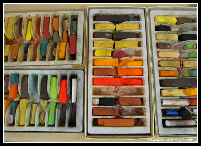 photo of: Fine Arts Materials for Exploration (Fine Motor Leads to Fine Arts)