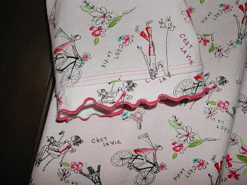 Two rows of multicolor triple coverstitching