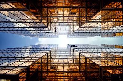 bangunan hong kong dari perspektif menegak