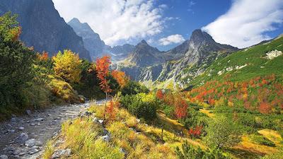 Koleksi Gambar Pemandangan Lembah Ukuran Besar