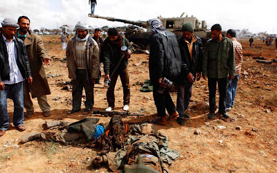 soldados muertos luego del ataque de la coalision en libia