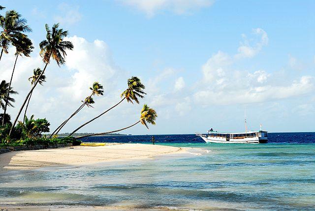 keindahan pulau wakatobi