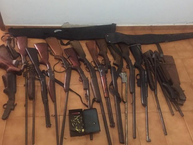 Ot vio ara jo tucum pol cia apreende mais de 20 armas for Oficina armas