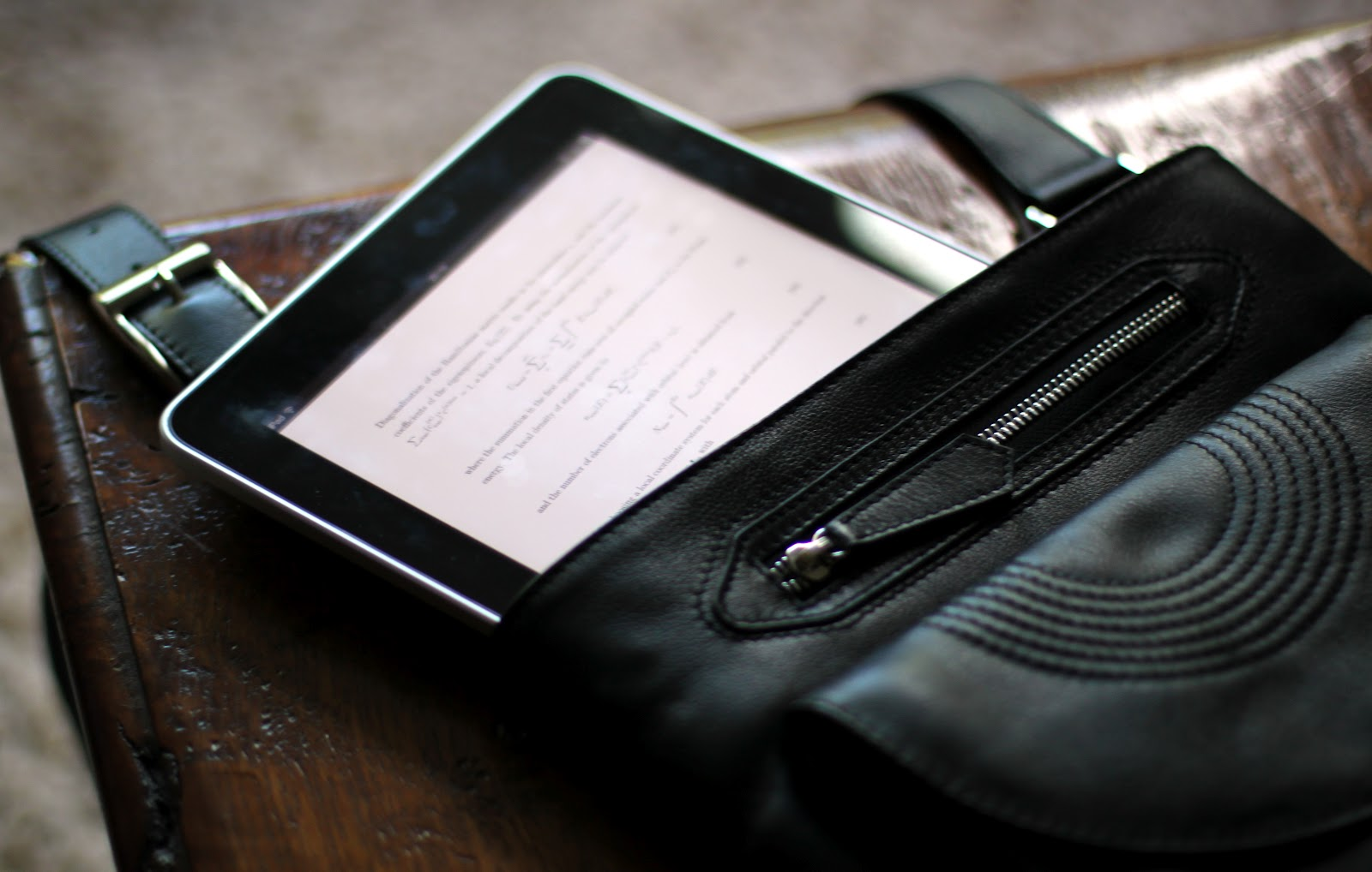 iPad inside men's Bracher Emden bag