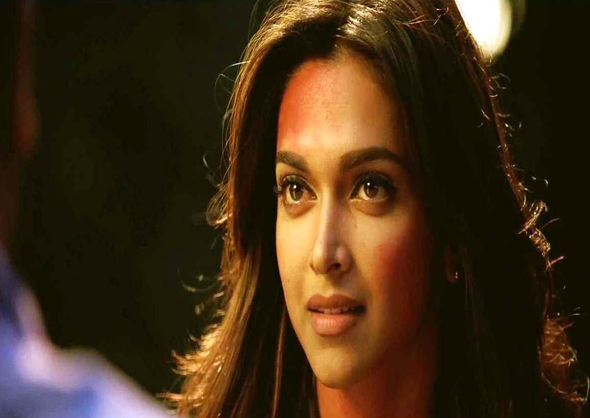 Deepika Padukone Yeh Jawaani Hai Deewani Movie Masala: Yeh Jawa...