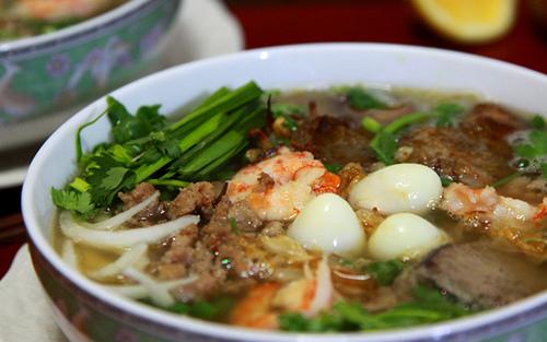 My Tho seafood noodle