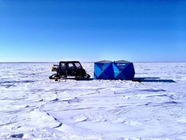 Jason hamilton outdoors conditions on lake winnipeg for Lake winnipeg fishing report