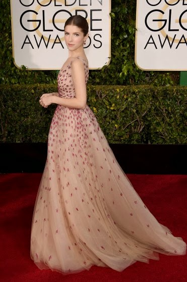 Golden-globes-2015-red-carpet-Anna-Kendrick