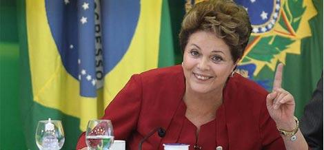 Dilma vê País mais inclusivo após governos petistas