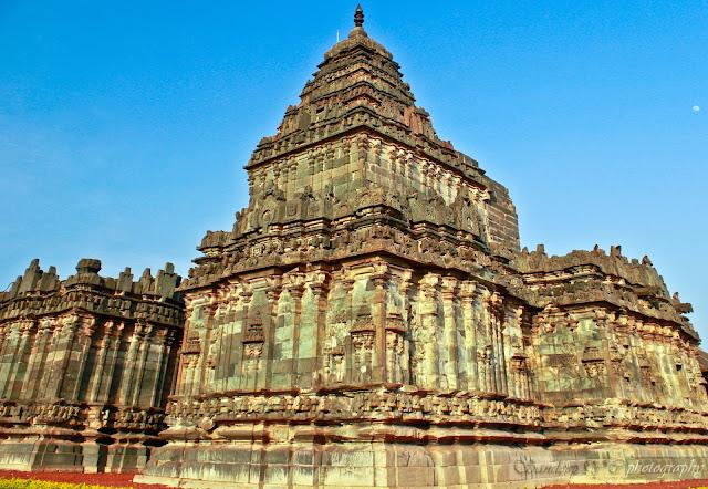The two storey garbhagriha shikara showing of its height