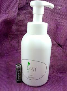 全能修護肌膚潔面泡沫AT SOAP $335
