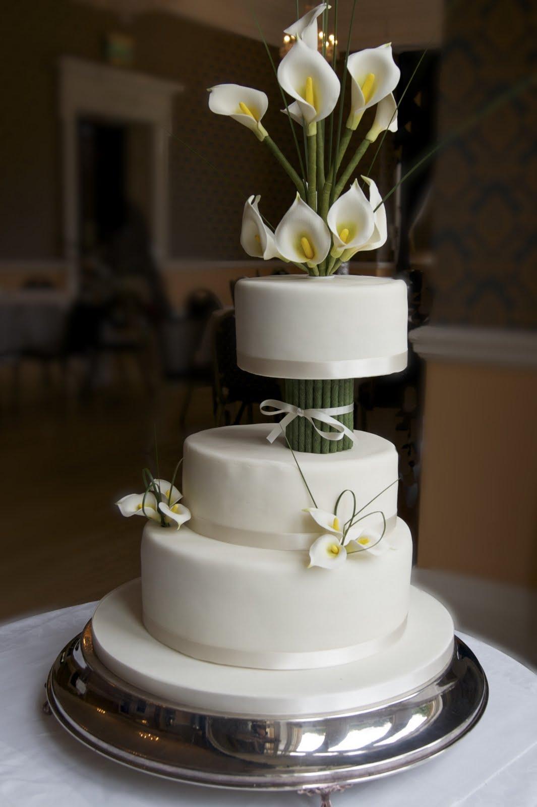 REAL LIFE Ivory Calla Lily Wedding Cake - Calla Lilly Wedding Cake