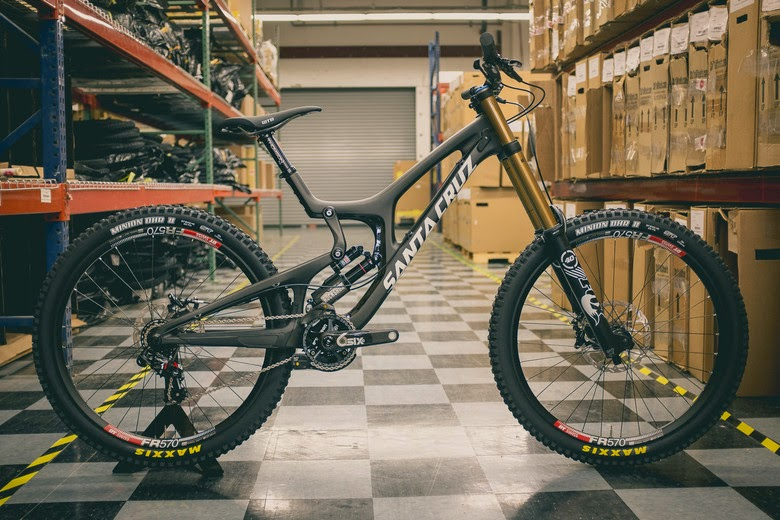 Bike News, Carbon Mountain Bike, New Bike, New Downhill Bike, New Product, santa cruz v10 carbon 2015
