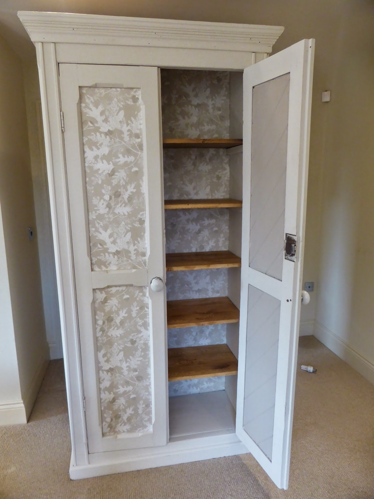 Step By Guide To Upcycling A Cupboard