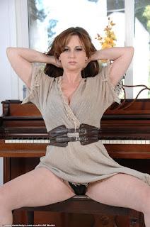 休闲无底女孩 - sexygirl-vio013AJS_244818019-760985.jpg