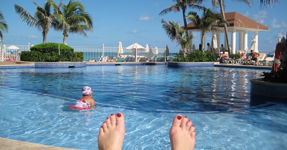 Hotel Riu Republica Punta Cana Standard Room Bathroom Privacy