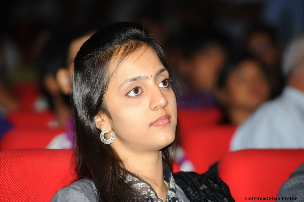 Jr.NTR Wife Lakshmi Pranathi Latest Photos From Dhammu Audio Launch