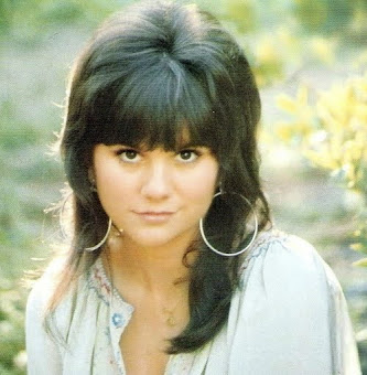 APRIL 2015 FEATURED ARTIST OF THE MONTH - LINDA RONSTADT