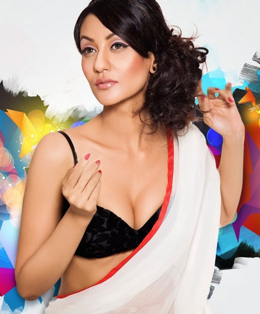 glamorous bollywood vedika partap singh spicy cleavage show