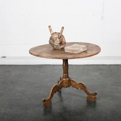 アンティーク ラウンド テーブル