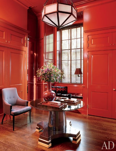 Loveisspeed steven gambrel revitalizes a 1930s new york mansion on long island s gold - Patician room ...
